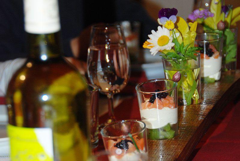 Ambiance de table et fleurs des champs